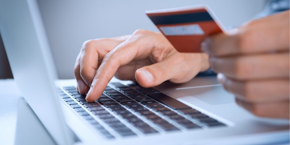How minimum monthly credit card payments affect your credit