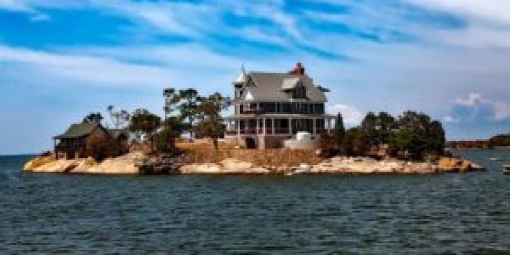 Should You Own a Second Home in Connecticut?