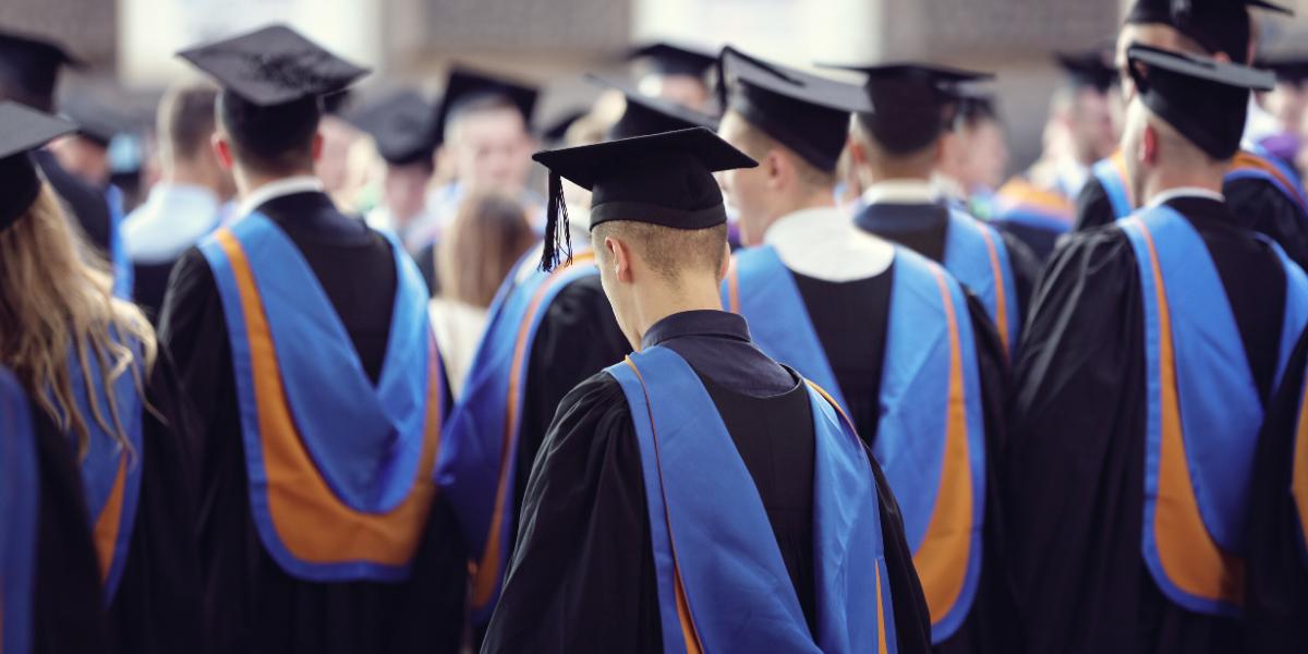 Simple Credit Tips for Recent Graduates